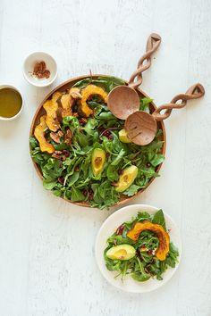 Recipe Box: Autumn Arugula Salad from Be Well By Kelly - Lauren Conrad Thanksgiving Recipes, Fall Recipes, Holiday Recipes, Easy Healthy Recipes, Easy Meals, Quinoa Salat, Arugula Salad, Winter Food, Spiritual Inspiration