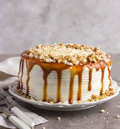 Malva and custard cake Expresso Custard Cake, Food Hacks, Tiramisu, Recipies, Pudding, Cooking, Ethnic Recipes, Desserts, Cakes