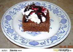 Jogurtová buchta s cuketou recept - TopRecepty.cz