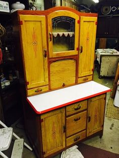 how to repaint cabinets how to identify a hoosier cabinet hoosier cabinet and 17353