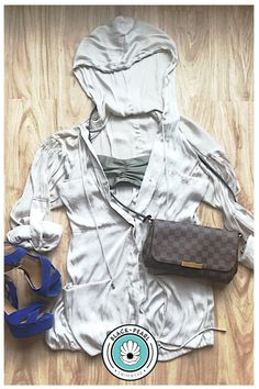 Swimwear Fashion, Spring Style, Real Life, Spring Fashion, How To Look Better, Raincoat, Summer, How To Wear, Jackets