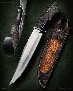 Ben Seward Saratoga Bowie Knife. 1075 carbon steel blade with Ben's typically amazing hamon line, sculpted blackwood handle with insane 20 lines per inch checkering, and Damascus guard. LOOK AT THAT HANDLE. Seriously, that's beautiful.
