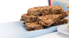 Granola Bars - Give your child the necessary tools to be healthy and motivated this school year. Tangerine Essential Oil, Cooking With Essential Oils, Doterra Recipes, Homemade Granola Bars, Breakfast On The Go, Breakfast Pancakes, Healthy Treats, Healthy Eating, Healthy Foods