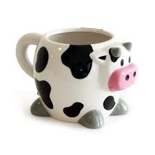 I should probably have a cow mug living in Wisconsin. Cow Kitchen Decor, Cow Decor, Dog Coffee, Cute Coffee Mugs, Coffee Cups, Hot Sauce Challenge, Cow Mug, Sharpie Paint, Animal Mugs