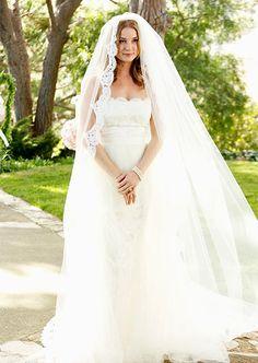 Emily Thorne (Emily VanCamp) on her wedding day in the Revenge mid-season finale.