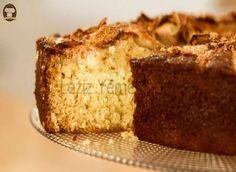 Bol Soslu Enfes Islak Kek - Leziz Yemeklerim Apple Recipes, Cake Recipes, Dessert Recipes, Desserts, Mothers Cake Recipe, Pudding Cake, I Want To Eat, Cake Ingredients, Round Cakes