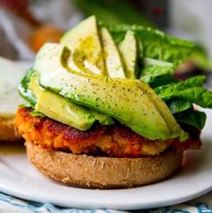 Veggie Burger Recipe: Sweet Potato Burger More Cheeseburgers, Burgers Recipe, Sweet Potato Burgers, Veggies Burgers, Food, Potatoes Burgers, Sweet Potatoes, Healthy Recipe, Veggie Burgers Veggie Burger Recipe: Sweet Potato Burger | Follow us @fetchftw or visit us @ fetchkc.com!