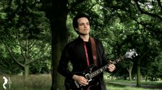 Adam Lee tributes Michael Jackson with awesome Earth Song guitar cover video
