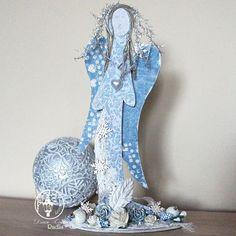 Witajcie,   dzisiaj w ramach Christmas Home Decor        prezentuję anioła,   nostalgicznego, czasem zamyślonego, czasem śpiewającego.    ...