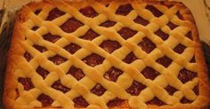 Great recipe for Vegan pasta flora. A recipe for pasta flora (Greek jam tart) that is tasty and vegan! Pasta Flora Recipe, Pasta Recipes, Vegan Recipes, Jam Tarts, Greek Olives, Tart Pan, Vegan Pasta, Great Recipes, Waffles