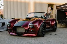 Infamous Cobra is back for your viewing pleasure [OC] - My list of the best classic cars Custom Muscle Cars, Custom Cars, Cobra Kit Car, Sports Car Photos, Ford Shelby Cobra, Ac Cobra 427, Roadster, Best Classic Cars, Best Luxury Cars