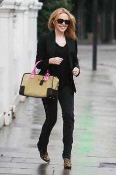 Kylie Minogue and Loewe Amazona with pink straps.