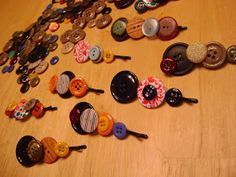 Something Pretty: Button-Embelished Bobby Pins