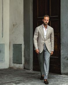 - with a summer business casual look with a taupe linen blazer white button up shirt gray trousers brown suede tassel loafers Ourfit, Stylish Men, Men Casual, Herren Outfit, Mens Fashion Blog, Business Casual Outfits, Men Style Tips, Well Dressed Men, Blazers For Men