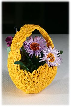 Sculpture from quilling paper