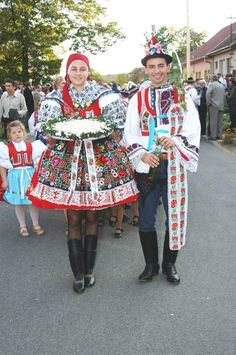 Ratíškovická festive costume - Stárek and stark at festivities- Czech republic