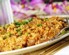 Classic Thai Chicken Fried Rice: Delicious Thai Chicken Fried Rice - everyone's favorite!