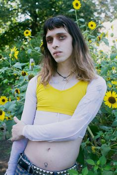 The Photographer Representing Her Non-Binary Friends as They'd Like to Be Seen | Broadly