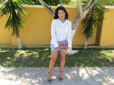 Quem disse que look com blusa branca e jeans, é sem graça?Resolvi apostar em um look bem básico, mas com uma pegada mais chique.Vem que eu vou te contar