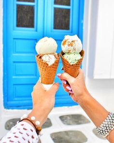 Friday Freeze Flashback 🍦🍦 I have been doing an IG Takeover on @cavotagoomykonos today so go check out their insta stories and find out more about the WIN a Luxury Holiday to Santorini & Mykonos 🇬🇷 Tag a Friend who you think would like to WIN this Holiday to Greece! Tastes Too Good To Be True? -------------------------------- . . . ... #mykonos #greece #cavotagoo #cavotagoomykonos #cavotagoosantorini #hellas #ellada #visitgreece #tagafriend #greekislands #icecream #foodblog #foodblogger…