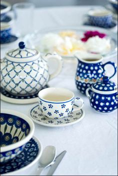 I need the rest to complete my collection. Polish blue pottery