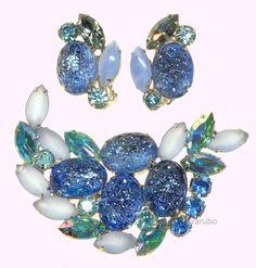 VTG 50'S ELSA SCHIAPARELLI BLUE GLASS LAVA ROCKS BROOCH, EARRINGS
