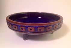 fantastic mid century modern swedish ceramic bowl Gabriel Beautiful piece Signed click now to see more. Pottery Bowls, Pottery Art, Vintage Fabrics, Vintage Items, Make Your Own Pottery, Gabriel, Colored Vases, Ceramic Plates, Vintage Ceramic