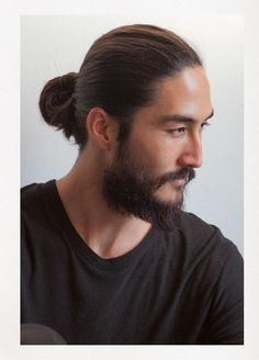 Shaggy Black populer korean hairstyle 2020 Shaggy hair may be a popular Korean hairstyle concept really brings out the soft appeal of men. Man Bun Hairstyles, Asian Men Hairstyle, Korean Hairstyles, Japanese Hairstyles, Asian Men Long Hair, Asian Hair, Moustaches, Men New Hair Style, Tony Thornburg