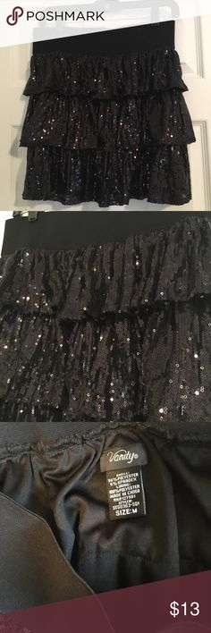 Sequined Ruffle Skirt Never worn just have had it forever and it's time to let it go! Very pretty and elegant  Size medium Skirts Mini