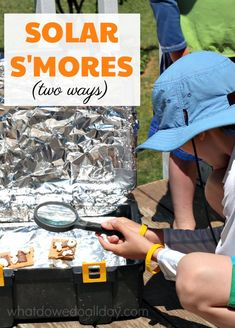 Make solar oven s'mores this summer. Fun outdoor science experiment for kids to learning about the power of the sun. We even made them two different ways!