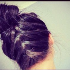 Ive done this with a pony tail for cheer yeah its really cute
