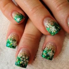 Christmas nails love the green