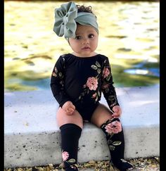 Pin by Kara H. Meskimen on Baby Girl: infant, toddler & older Cute Baby Girl Outfits, Cute Baby Clothes, Toddler Outfits, Kids Outfits, Cute Outfits, Baby Girl Bows, Floral Outfits, Matching Clothes, Baby Girl Fashion
