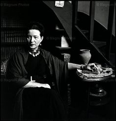 Elliot Erwitt - Simone de Beauvoir, Paris, 1949