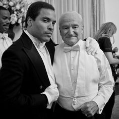 "Lenny Kravitz, who shared the screen with Williams in Lee Daniels' The Butler: ""Robin Williams, it was an honor to know you. #restinpeace"" -Facebook"