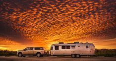 Photographer Joe Hendricks said that this shot is of one of the most amazing sunsets he has ever seen. The image was taken while the family were boondocking (free camping) at Bedners Farm in Florida Airstream, Camping Life, Rv Life, Family Road Trips, Family Travel, Nashville, Family Images, Amazing Sunsets, Beautiful Sunset