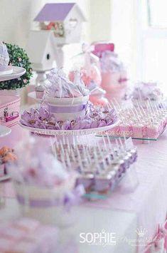 Chá de bebê rosa e lilás