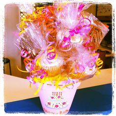 Cookie  Cupcake Bouquet