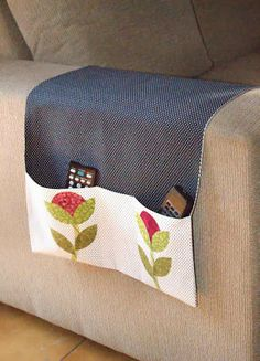 Discover recipes, home ideas, style inspiration and other ideas to try. Easy Sewing Projects, Sewing Hacks, Sewing Tutorials, Sewing Crafts, Sewing Patterns, Home Crafts, Diy And Crafts, Remote Control Holder, Costura Diy