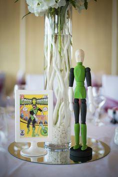 Superhero Wedding Photography - Reception - Green lantern - Centerpiece
