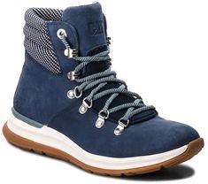 Buty miejskie Memory Lane marki Caterpillar to wygodne i modne obuwie dla kobiet.   • Wnętrze wyściela wysokiej jakości materiał, zapewniając wysoki komfort chodzenia, • Cholewka buta wykonana z materiału, nubuku oraz skóry naturalnej, • Model idealny na chłodniejsze dni. Textiles, Hiking Boots, High Top Sneakers, High Tops, Tommy Hilfiger, Memories, Navy, Shoes, Color Azul