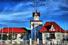 EMILIO Aguinaldo Shrine Emilio Aguinaldo, Filipino Architecture, Consumer Culture, One Republic, National Holidays, Willis Tower, Philippines, Spain, Places To Visit