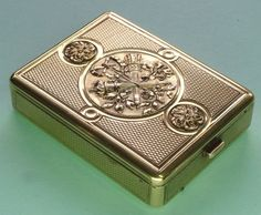 1903 dated French solid silver gilt compact 103 grams