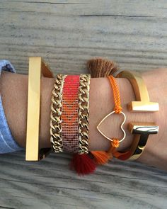 visit http://www.etst.com/shop/bonkibizabracelets and order with 10% off using cuponcode NEWSHOP10