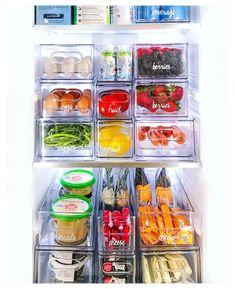 Kitchen Organization Pantry, Refrigerator Organization, Home Organization Hacks, Kitchen Pantry, Fridge Storage, Organizing Tips, Fridge Organisers, Freezer Containers, The Home Edit