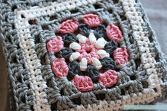 "All the free patterns for the pink block of the ""Crochet meets Patchwork"" blanket."