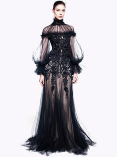 elle-emeno-pee: societycottontail: Alexander McQueen pre-Fall 2012 collection. those sleeves are magnificent