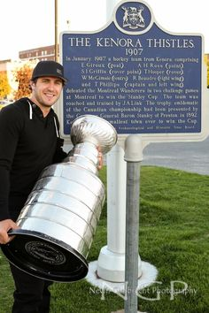 Mike Richards Mike Richards, Challenge Games, Hockey Teams, Right Wing, Flyers, Ruffles, Leaflets