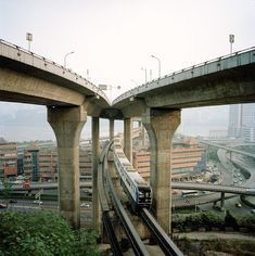 """war-photography: """"Metamorpolis - The Urban Rise of Chongqing by Tim Franco """" War Photography, Landscape Photography, Roads And Kingdoms, Trains, Three Gorges Dam, Bonde, Great Lakes, Urban Landscape, City Streets"""