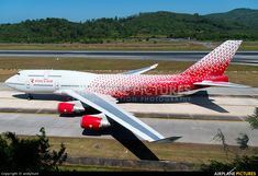 Rossiya Airlines Boeing 747-446 (registered EI-XLI) taxiing at Phuket